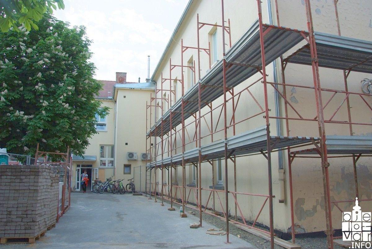 Grad Bjelovar: Kreće energetska obnova zgrade II. osnovne škole Bjelovar