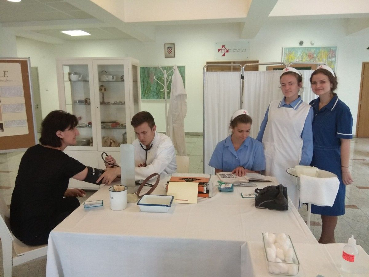 Medicinska škola Bjelovar obilježila Međunarodni dan sestrinstva