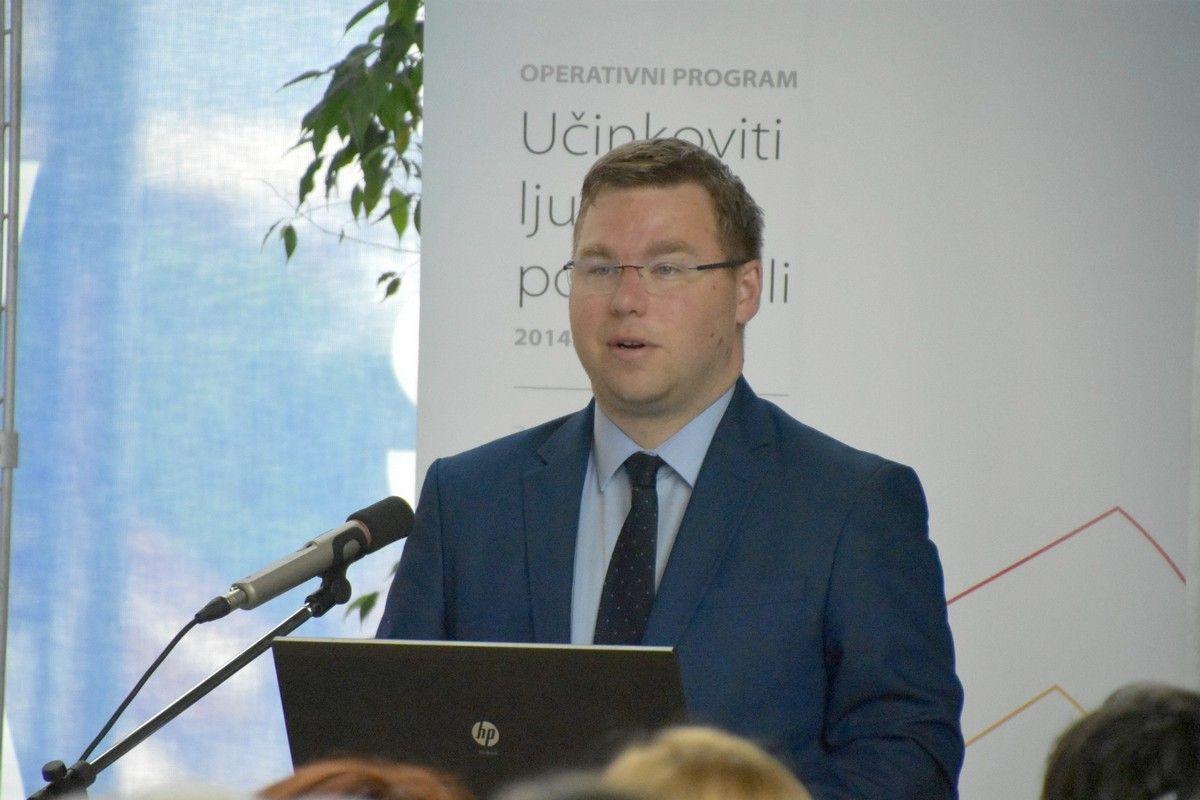 Ministar Pavić dodijelio 71 milijun kuna za projekte lokalnih inicijativa za poticanje zapošljavanja