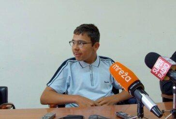 Mladi sportaš i učenik V. osnovne škole Bjelovar Ivan Županić osvojio dvije srebrne medalje na Državnom prvenstvu u Poreču