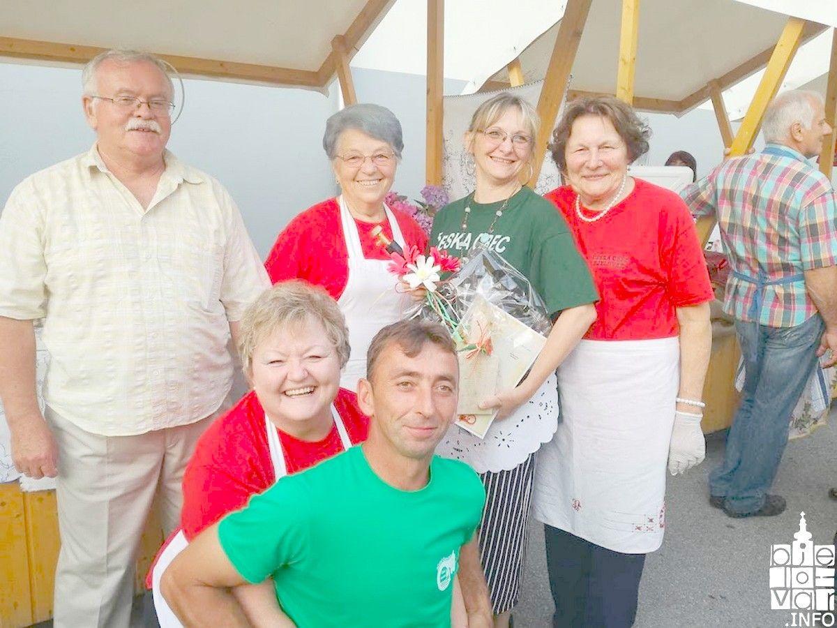 Češka obec Bjelovar osvojila 1. mjesto u pečenju bramboraka - tradicionalnog češkog jela