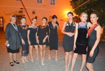 """U Bjelovaru održana """"Modna revija Suvremeni etno"""""""