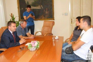 Prvaka Hrvatske Radovana Halasa, atletičara s invaliditetom primio gradonačelnik Dario Hrebak