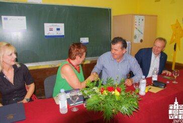 Počinje obnova Područne škole u Predavcu – potpisan ugovor sa izvođačem radova