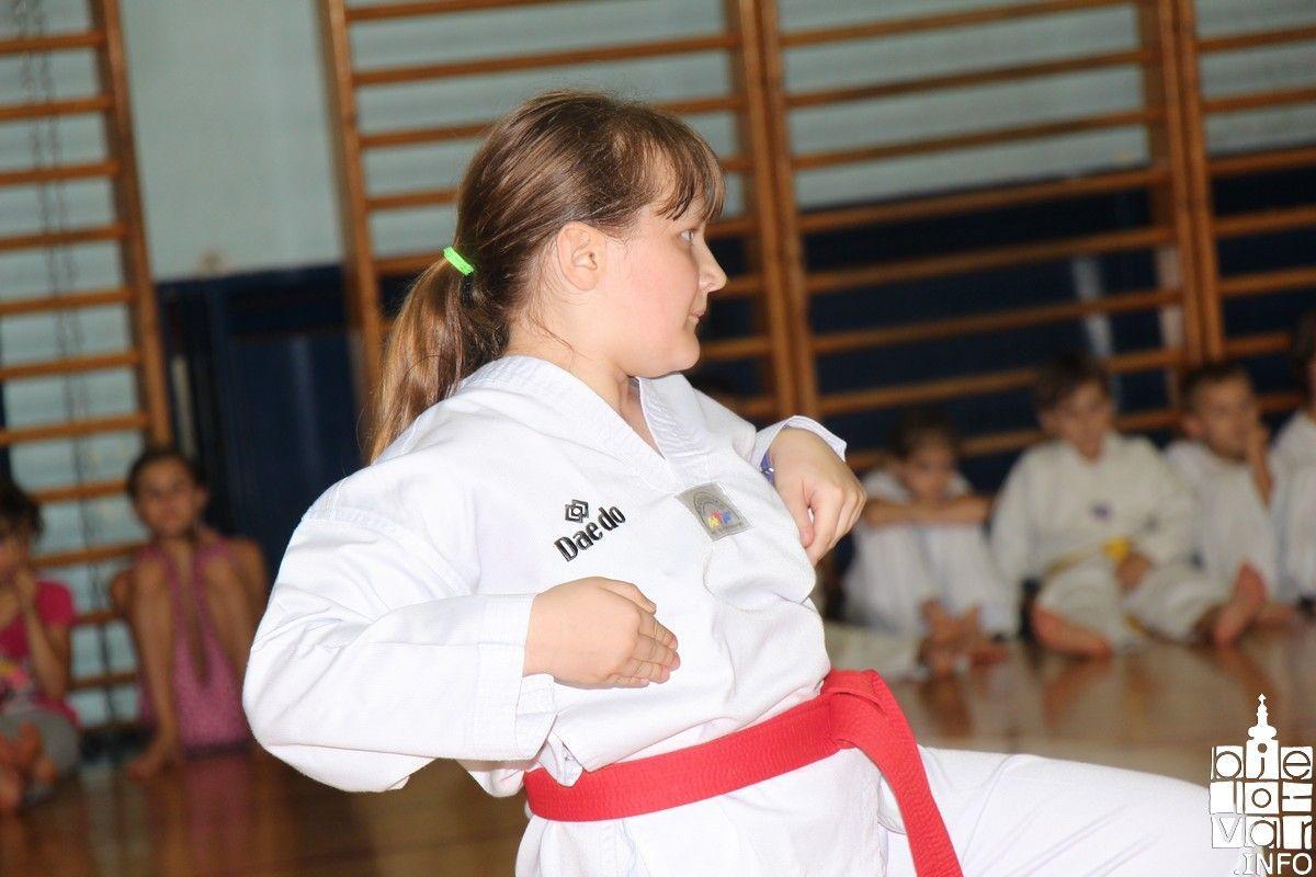 2018_taekwondobjelovar1_114