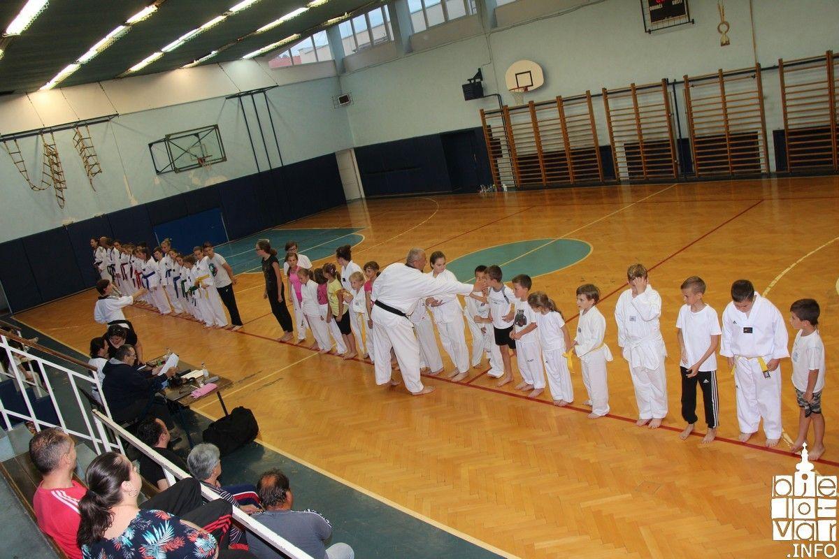 2018_taekwondobjelovar1_141