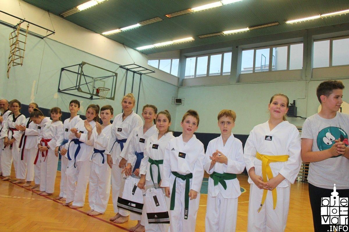 2018_taekwondobjelovar1_185