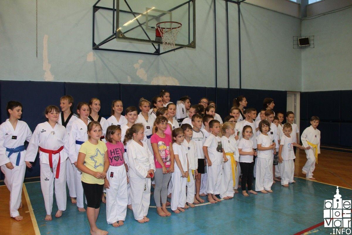 2018_taekwondobjelovar1_212