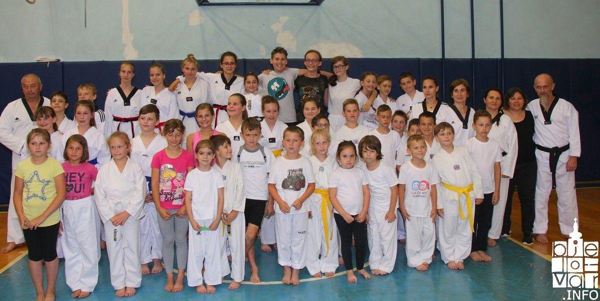 2018_taekwondobjelovar1_216