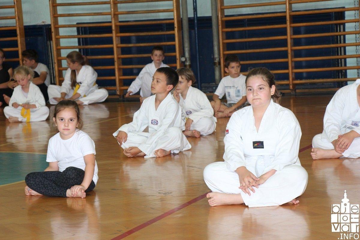 2018_taekwondobjelovar1_47