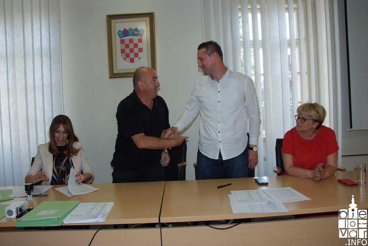 Grad Bjelovar dodijelio sredstva udrugama u gospodarstvu - potpisan ugovor s 11 udruga