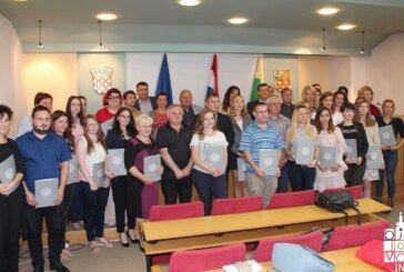 U Bjelovarsko-bilogorskoj županiji uručeni certifikati društvenih poduzetnika za 47 polaznika