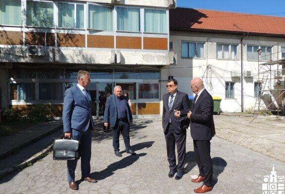 Radni posjet župana Damira Bajsa Čazmi: obilazak radova na Domu zdravlja i sastanak o sufinanciranju prijevoza