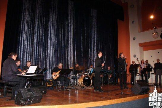 """Koncert """"Bjelovarski glazbenici Oliveru"""" napunio Dom kulture do posljednjeg mjesta"""