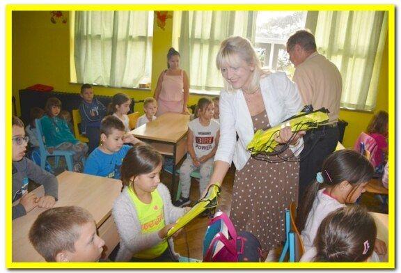 """Predstavnici Bjelovarsko-bilogorske županije sudjelovali u akciji """"Sigurno u školu s HAK-om"""""""