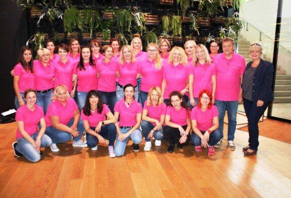 """Bjelovarski ženski zbor """"Vox feminae"""" ZLATNI na Susretu hrvatskih pjevačkih zborova RH"""