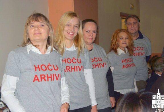 HOĆU ARHIV poruka je djelatnika Odjela za sređivanje i obradu arhivskog gradiva u Bjelovaru