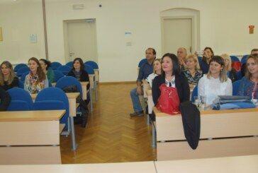 Prvu osnovnu školu i Grad Bjelovar posjetili učitelji iz pet europskih zemalja