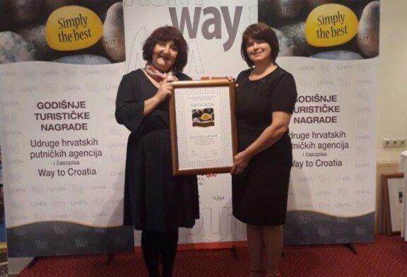Manifestacija Zapovijed pod lipom dobitnik je godišnje nagrade Simply the best