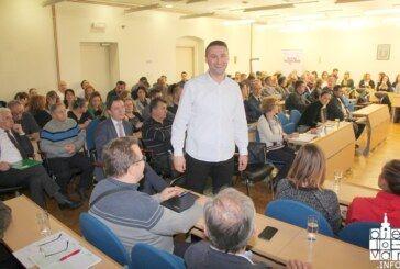Održan sastanak s bjelovarskim poduzetnicima na kojem se razgovaralo o mjerama Grada u 2019., zoni Korenovo, cesti Gudovac-Farkaševac i brzoj cesti