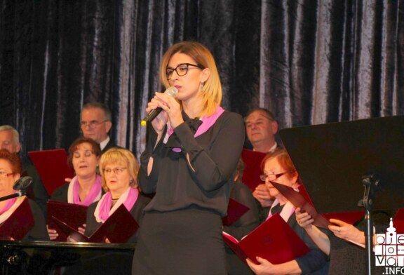 """Svečani koncert """"Golub i prijatelji"""" privukao veliku publiku koja je uživala do zadnje glazbene točke"""