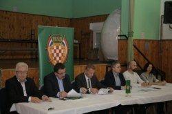 Predsjednik HSS-a Krešo Beljak na Županijskom odboru HSS BBŽ u Šandrovcu