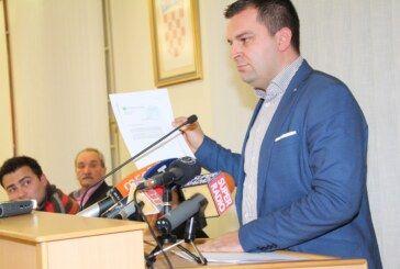 Aktualni sat Gradskog vijeća Grada Bjelovara: Nogometna utakmica i koliko je karata prodano, povećanje cijena odvoza otpada i mnoga druga pitanja