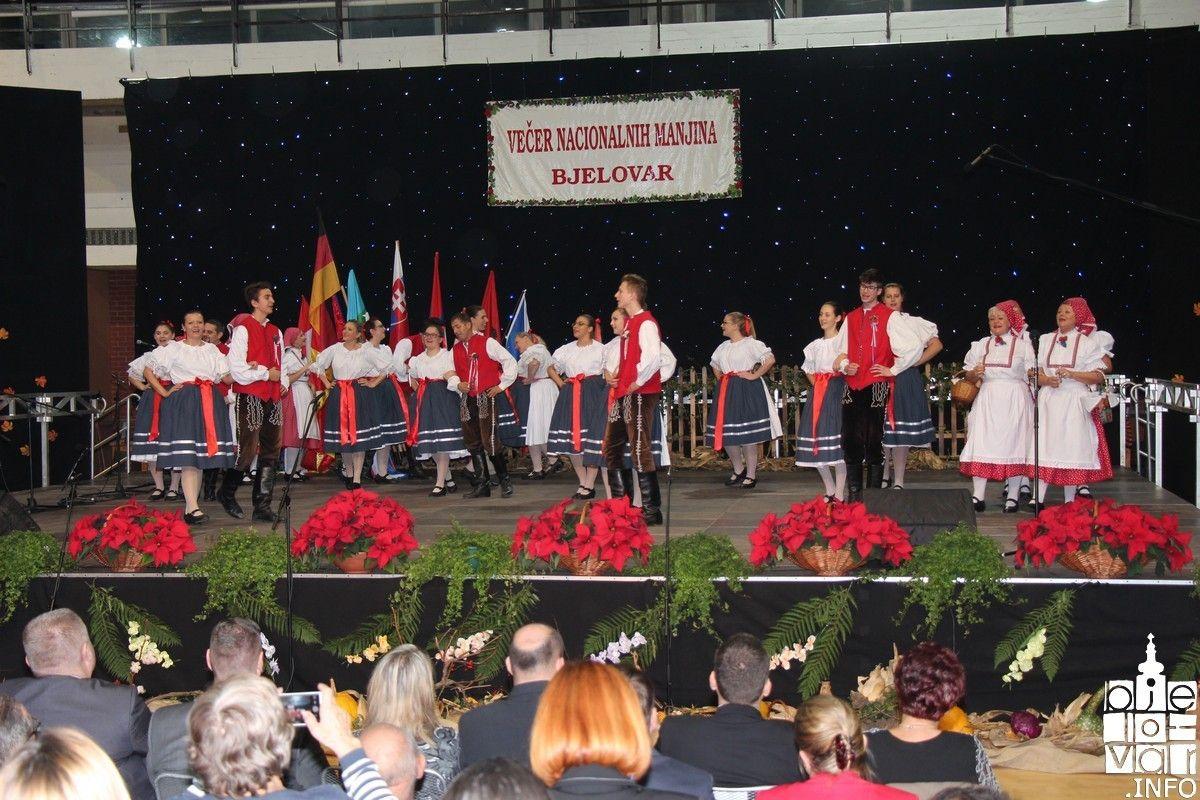Održana jedinstvena manifestacija u Hrvatskoj: Večer nacionalnih manjina u Bjelovaru