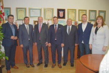 Veleposlanik SAD-a William Robert Kohorst posjetio Grad Bjelovar: Razgovaralo se o privlačenju investitora i jačanju gospodarstva