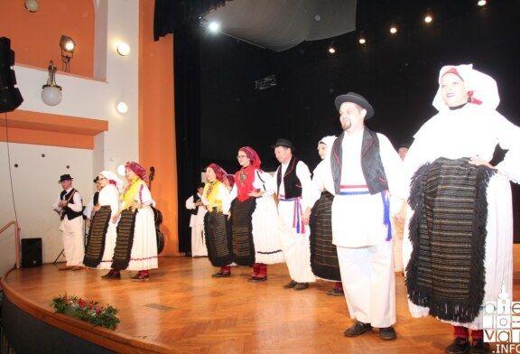 Održana manifestacija Izvorno u Bjelovaru koja njeguje izvorni folklor, pjesmu i ples