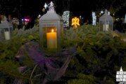 Paljenjem prve adventske svijeće otvorena manifestacija ADVENT U BJELOVARU