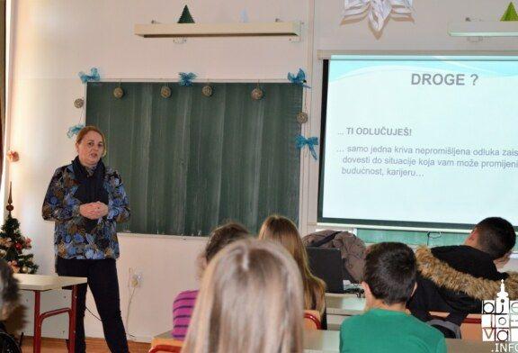 U Mjesecu borbe protiv ovisnosti održan preventivni program u Komercijalnoj trgovačkoj školi