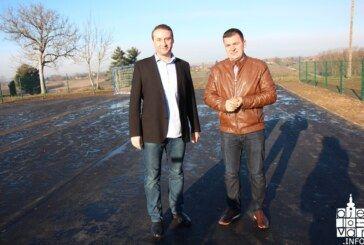 Gradonačelnik Hrebak: Završena izgradnja rukometnog i dječjeg igrališta u Cigleni, uskoro i u Radničkom naselju