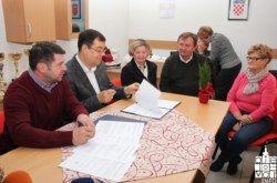 Udruge umirovljenika aktivne u osmišljavanju kreativnih programa: Župan Bajs potpisao ugovor o dodjeli sredstava s Maticom umirovljenika BBŽ-a