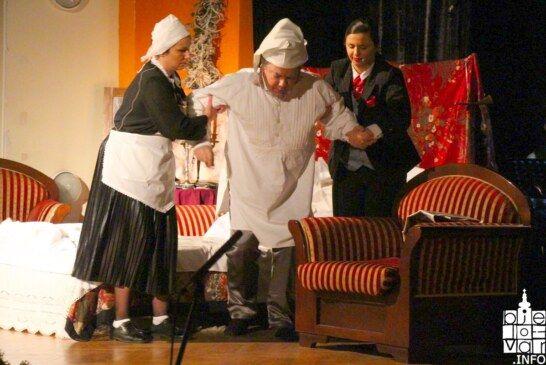 Održana tradicionalna bjelovarska Silvestarska noć uz predstavu Slatki jadi Gospojice Karoline