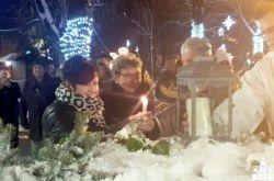 Bjelovar: Treću adventsku svijeću upalile žene koje su čitav radni vijek provele radeći u Koestlinu i OB Bjelovar