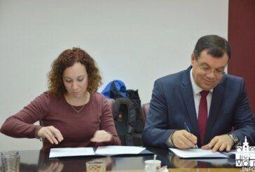 Županija potpisala novi set ugovora s liječnicima vezan uz trajne mjere zadržavanja i privlačenja novih liječnika