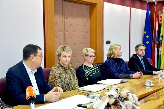 U petak počinju jubilarni 25. Dani hrvatskog pučkog teatra u Hercegovcu