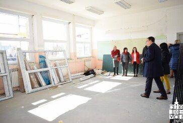 RADOVI U PUNOM JEKU na obnovi osnovne i srednje škole u Grubišnom Polju