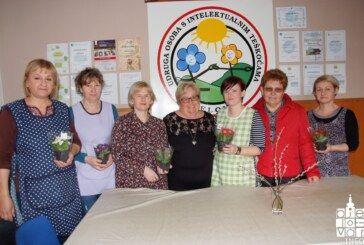 Žene udruge Srce Bilogore obilježile Dan žena darivanjem članica Pučke kuhinje, udruge Osit i Sigurne kuće