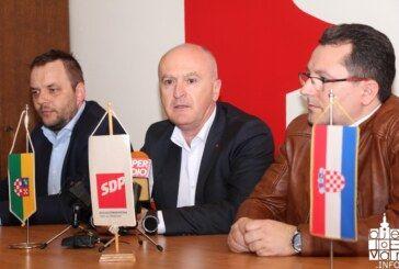 Bjelovarski SDP-ovci i saborski zastupnik Fred Matić poručuju ministru Butkoviću da pusti u promet prugu zvana čežnja ili da ode s vlasti