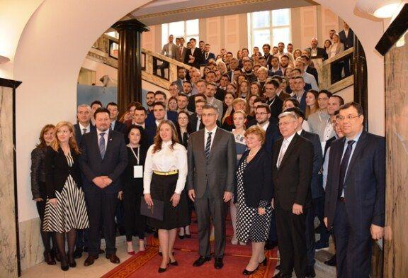 Hrvatski sabor: održana Godišnja konferencija savjeta mladih u Republici Hrvatskoj
