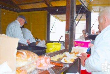Grad Bjelovar: tradicionalna blagdanska podjela ribica