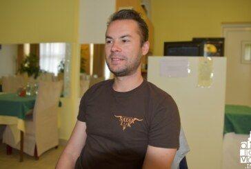 Velemajstor Ivan Šarić u Bjelovaru o šahističkim planovima i kako djecu uključiti u šah