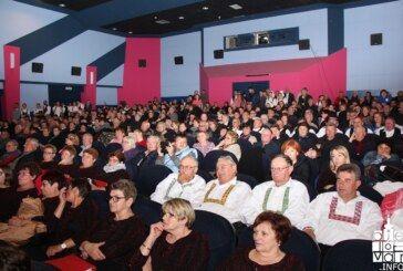 Prepuno daruvarsko kino na 5. Smotri manjinskog stvaralaštva BBŽ-a
