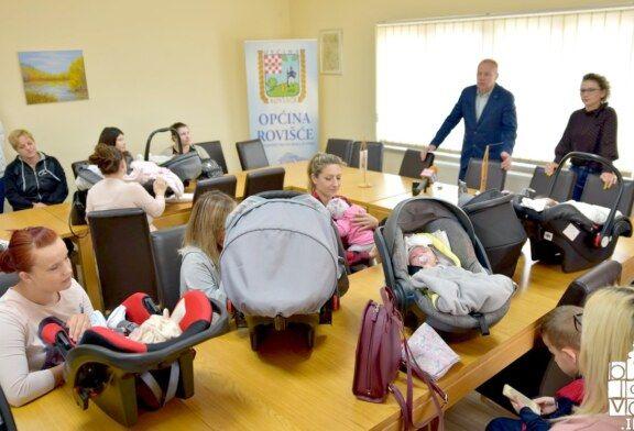 OHRABRUJUĆE U općini Rovišće u tri mjeseca rođeno 17 beba