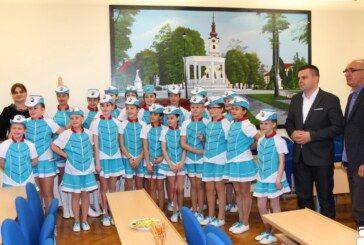 Gradonačelnik čestitao bjelovarskim mažoretkinjama i podržao njihov odlazak na Europsko prvenstvo