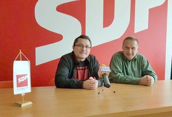 SDP-ovci o besplatnim udžbenicima u Bjelovaru