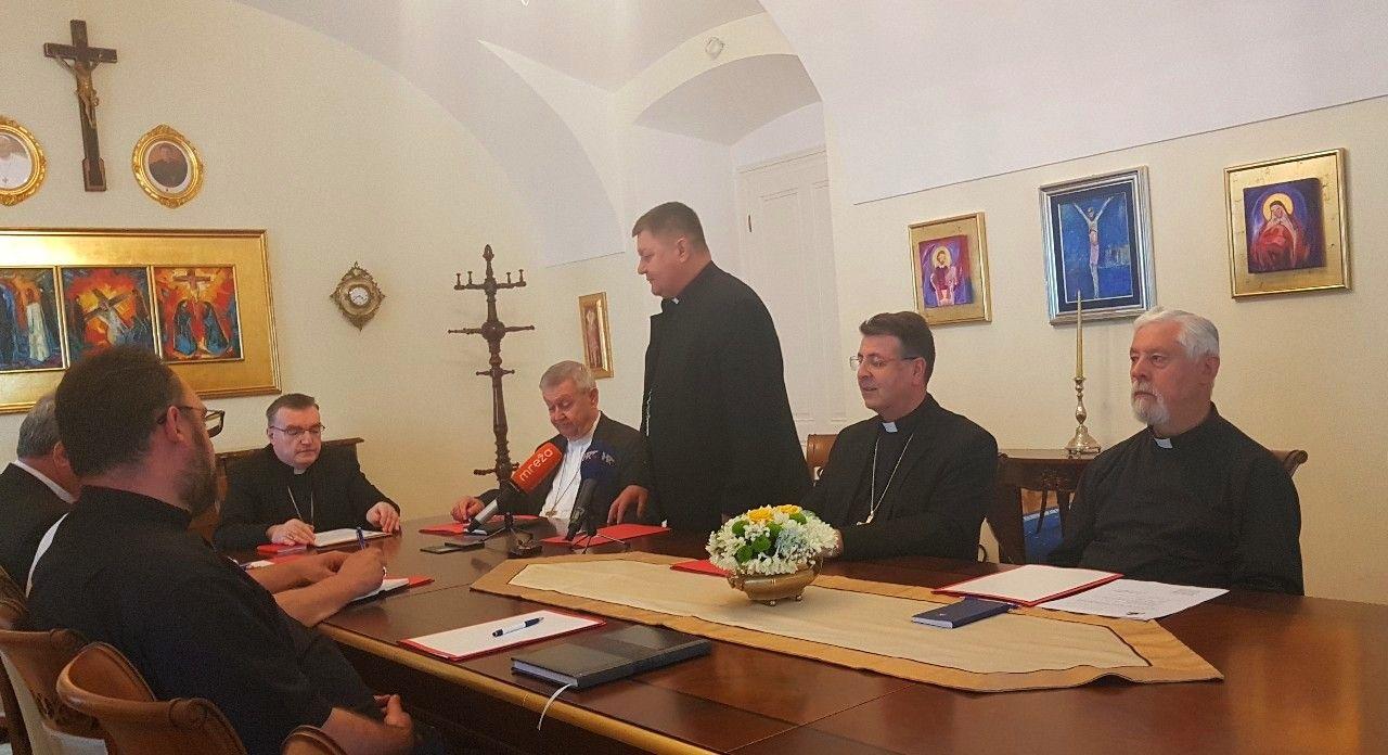 Bjelovar: Sjednica biskupa Zagrebačke crkvene pokrajine o iseljavanju mladih