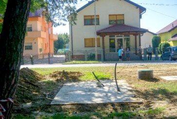 Građani koji žive pored parka Borik ne mogu vjerovati da će javni WC biti pred njihovim prozorima